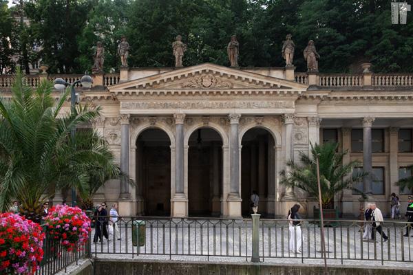 Karlovy Vary Colonne