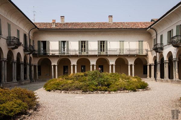Varese Corte con Archi