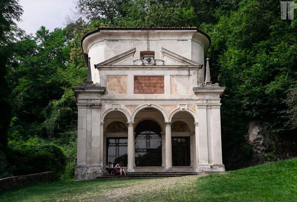 Cappella X La Crocifissione
