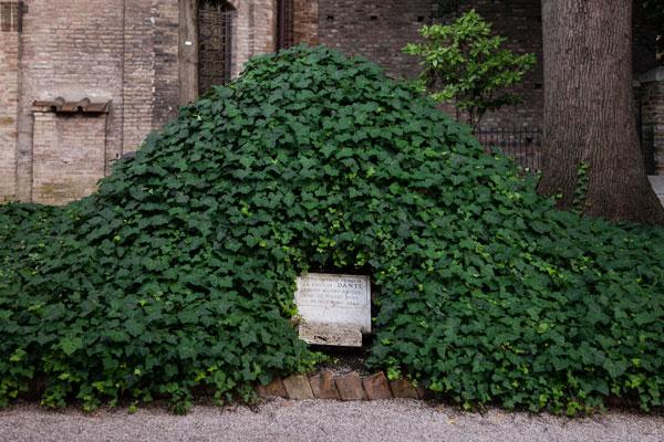 Tomba Dante Alighieri Ravenna