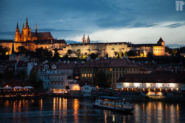 Castello Praga Sera