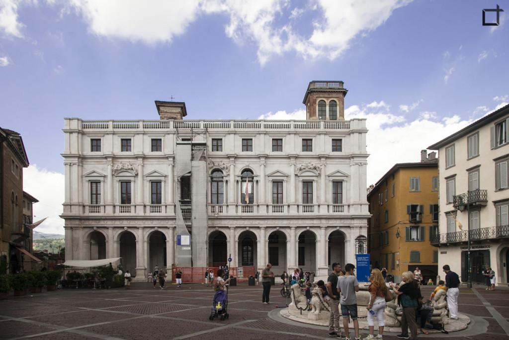 Bergamo Palazzo Nuovo Biblioteca Angelo Mai