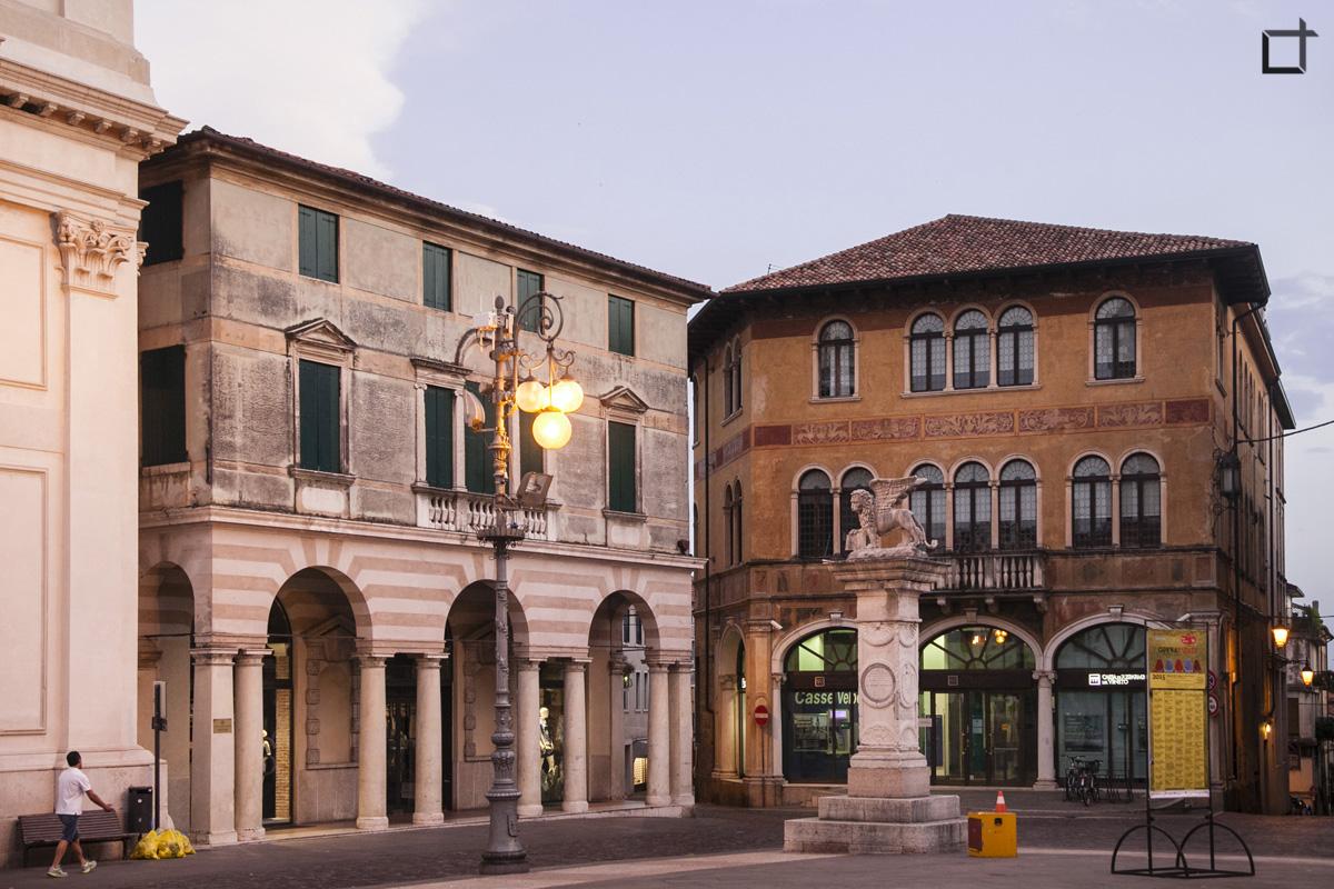 Leone di San Marco Piazza Libertà