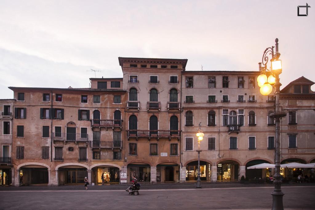 Bassano del Grappa Piazza Garibaldi