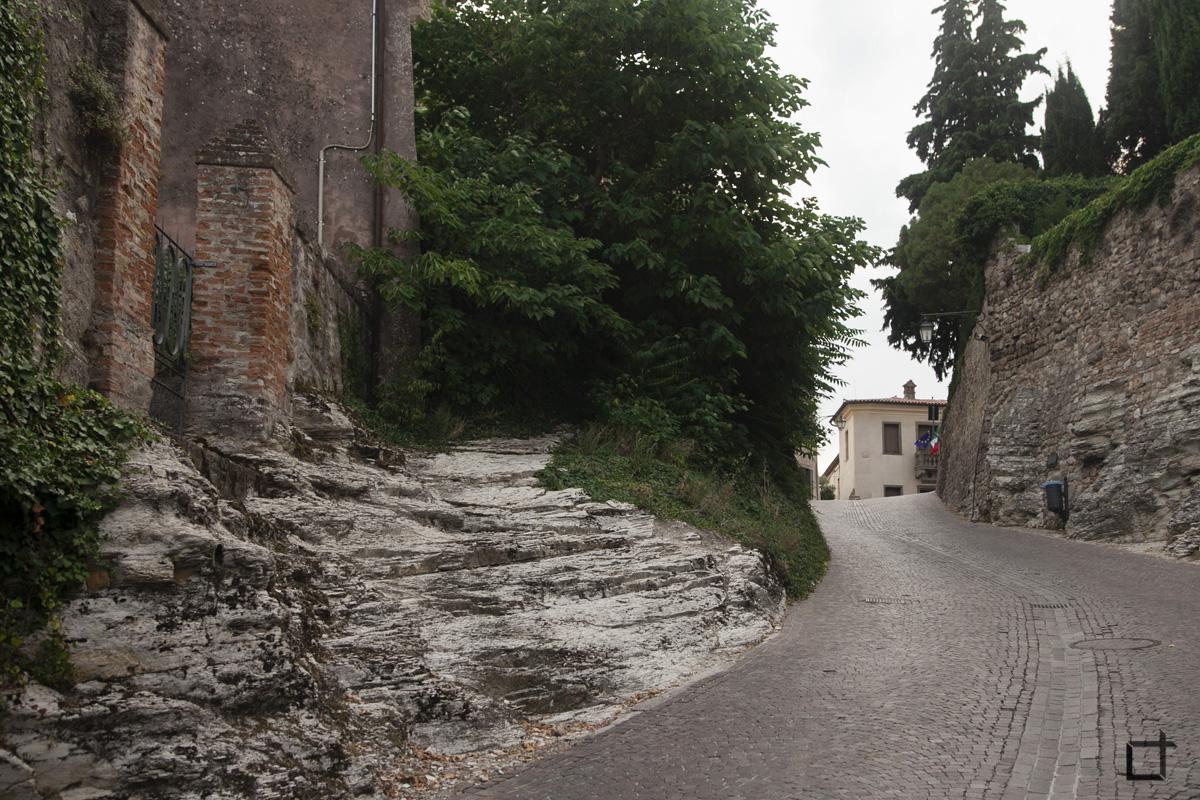 Roccia Stradale