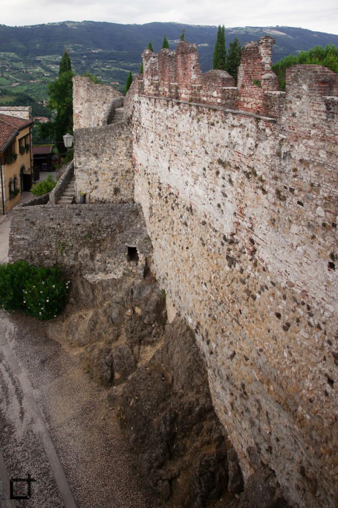 Mura Castello Superiore
