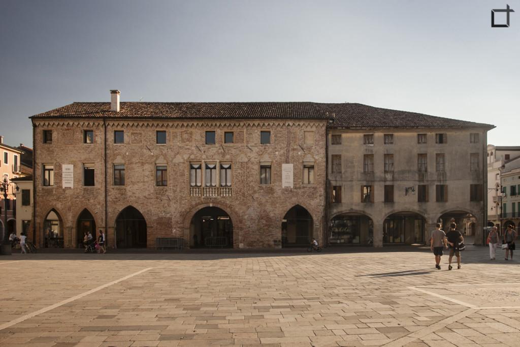 Palazzo degli Scaligeri Piazza Maggiore