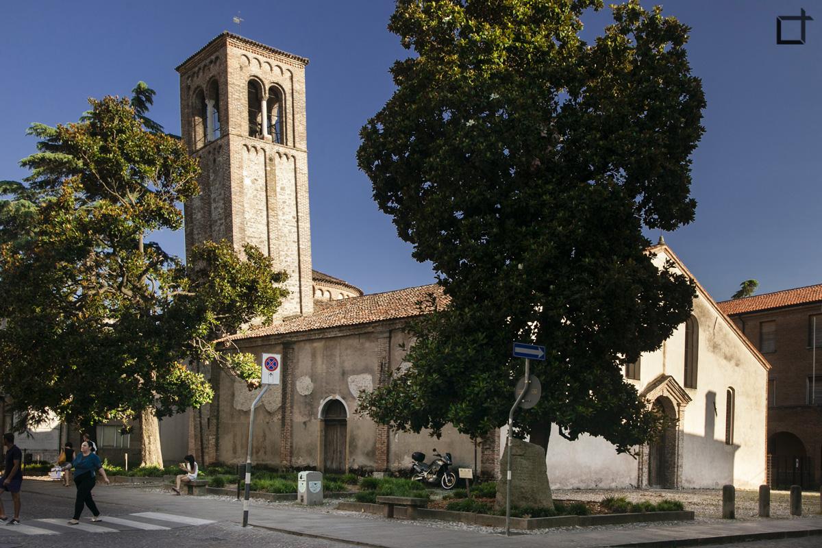 Chiesa San Martino Campanile Pendente