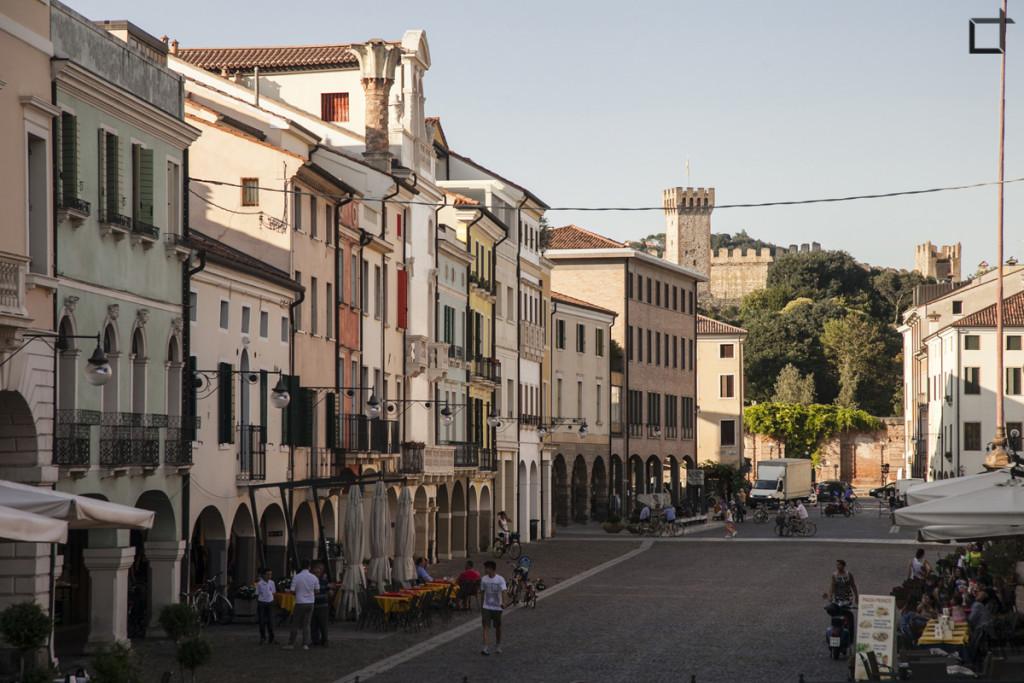 Piazza Maggiore e Castello Carrarese