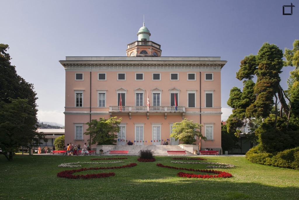 Palazzo dei Congressi nel Parco Civico Ciani