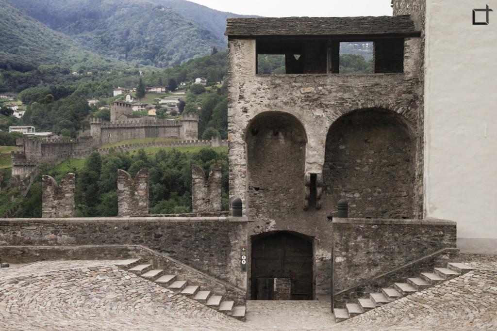 Ingresso Corte e Castello Montebello