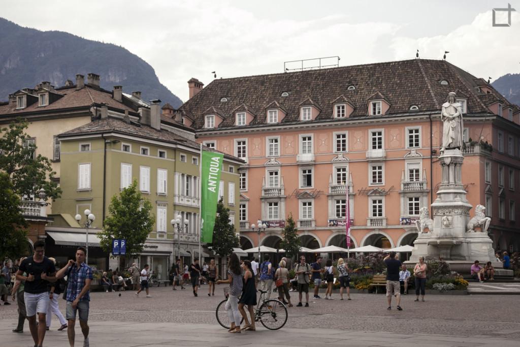 Bolzano Piazza Duomo
