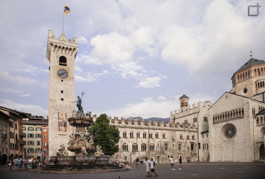 Palazzo Pretorio e Fontana del Nettuno