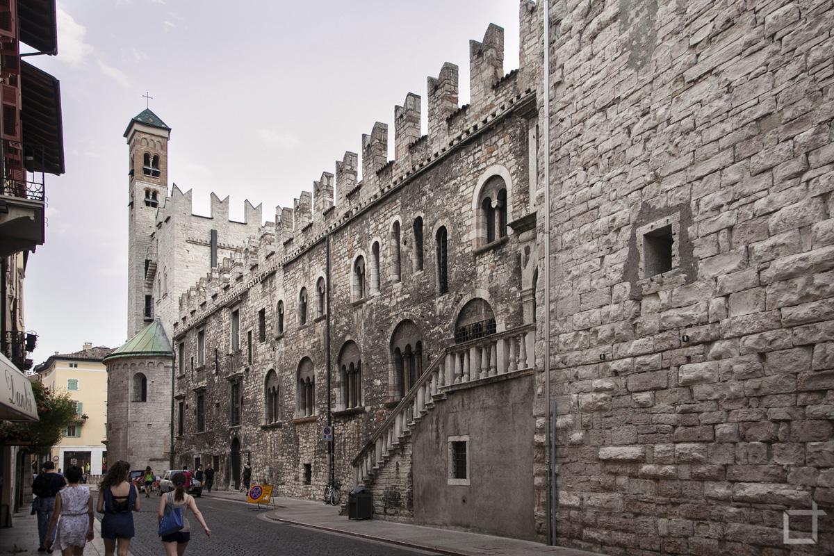Palazzo Pretorio Scalinata
