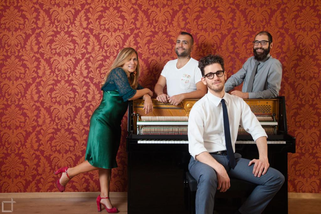 Gruppo musicale al Pianoforte