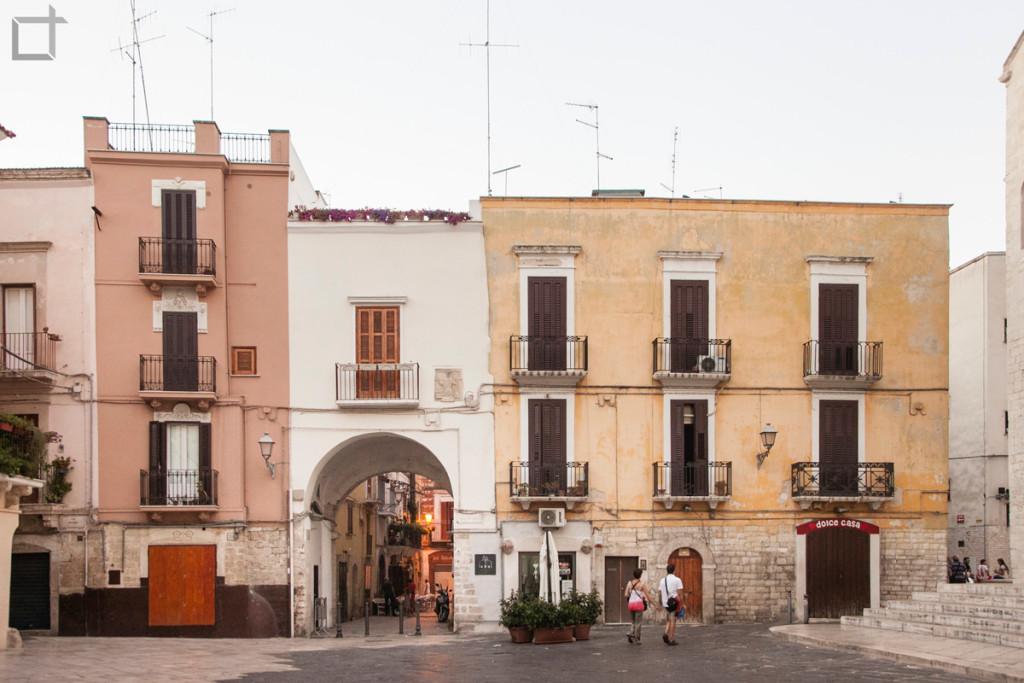 Piazza dell'Odegitria Bari
