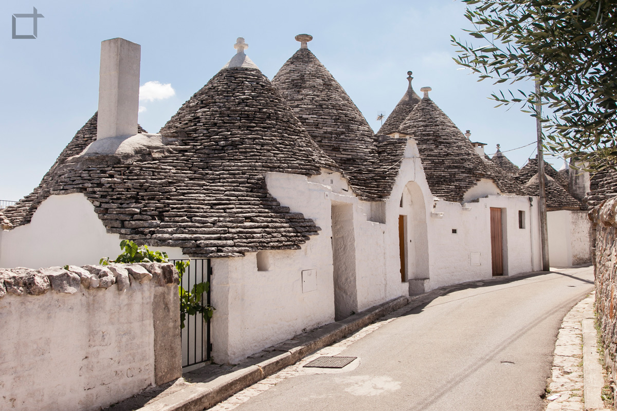 Trulli e Pinnacoli Cucurnini