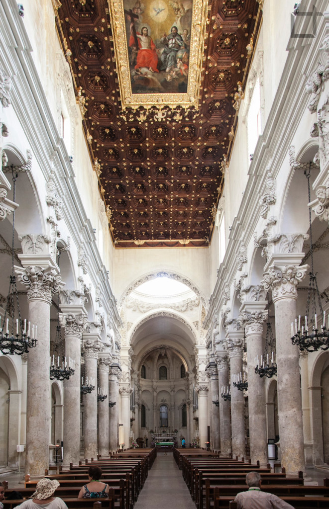 Basilica di Santa Croce di Lecce - Interni