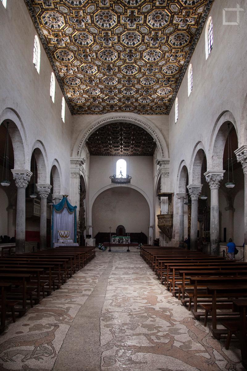 otranto ed i segreti della cattedrale viaggio in puglia