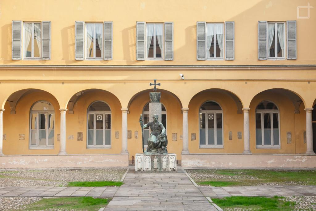 Cortile Università di Pavia