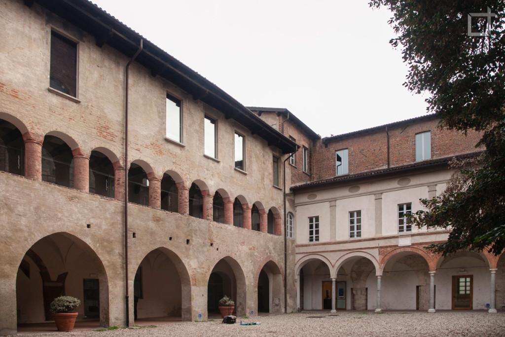 Portici Pavia