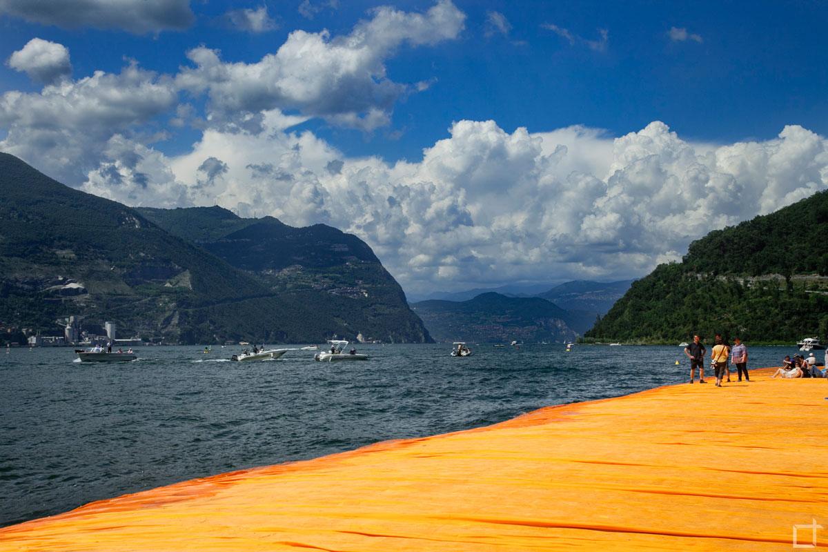 Floating_Piers_Christo_e_Jean_Claude