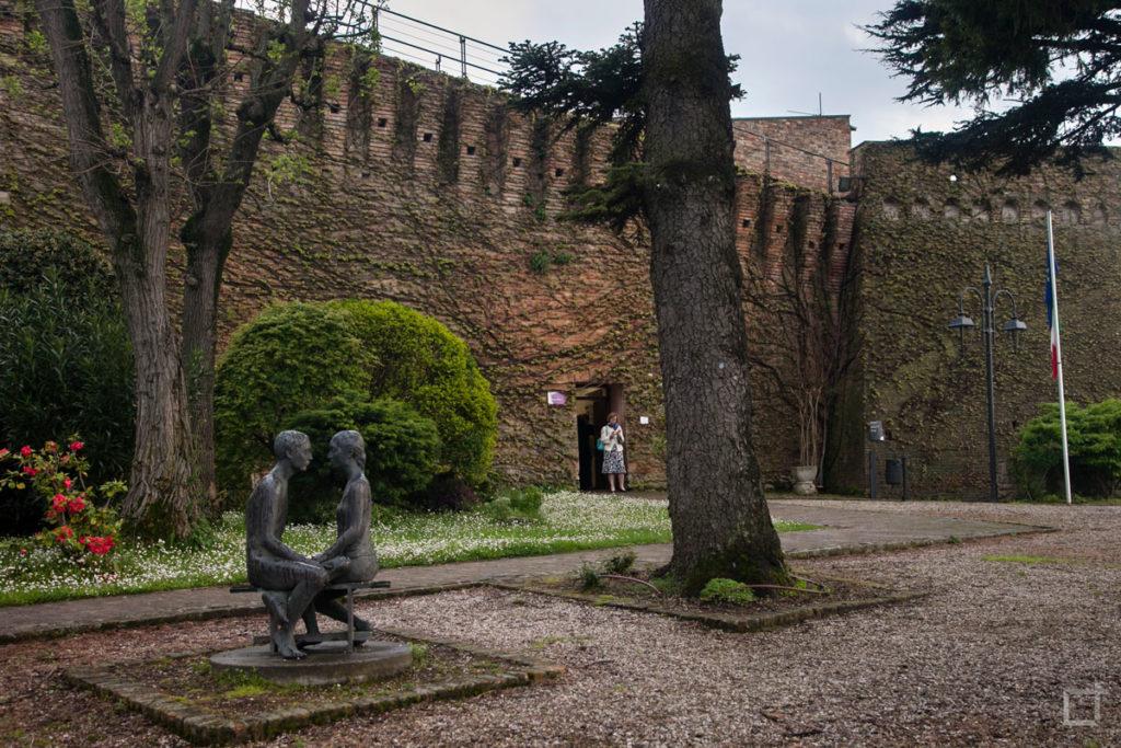 Rocca di Bertinoro Giardino e Statue