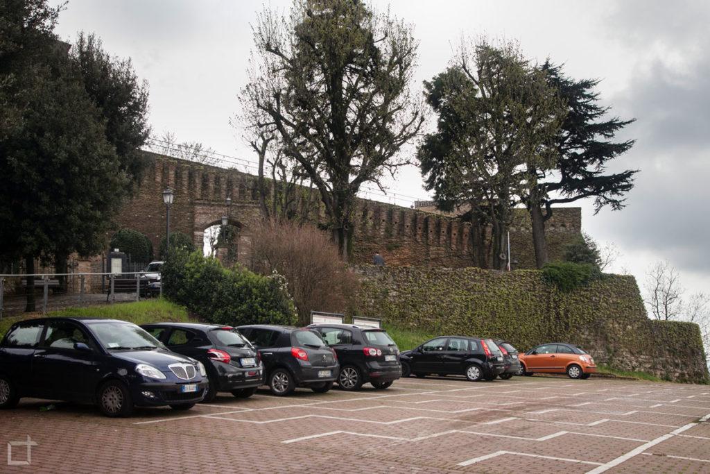 Rocca e Parcheggio