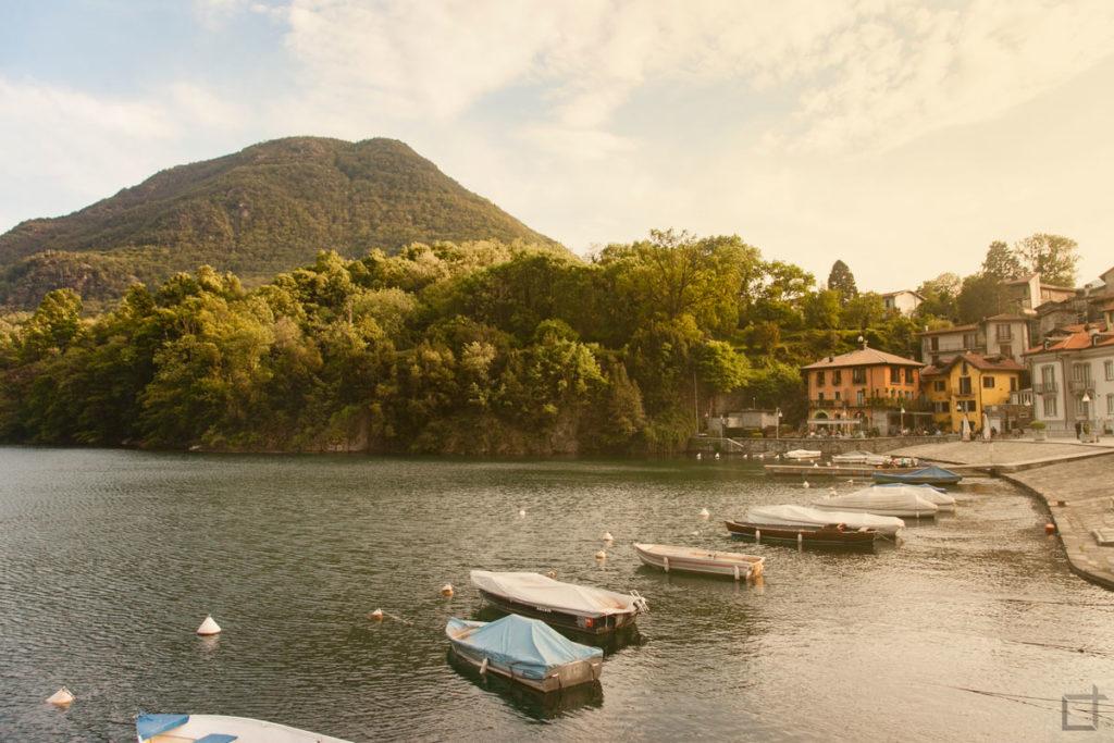 Lago di Mergozzo Barche e Monti