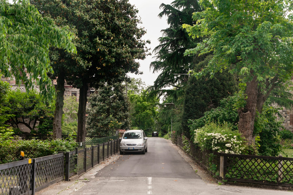 via verde case dirigenti villaggio operaio