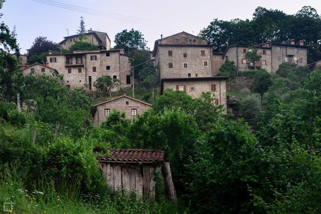 borgo-otignano-raggiolo-toscana