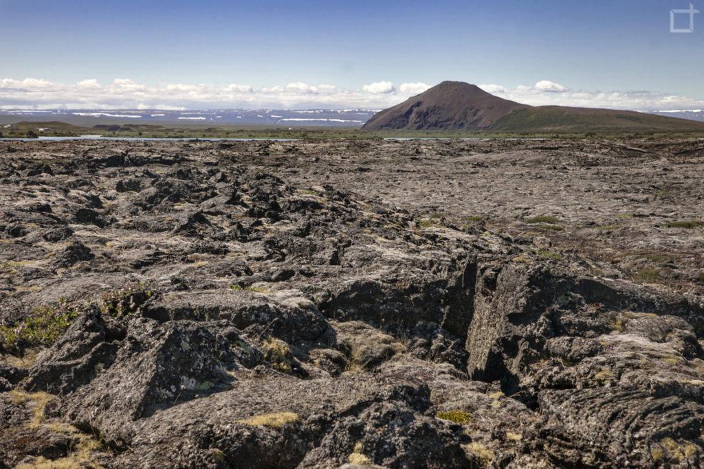 campo di lava - lago Myvatn Islanda