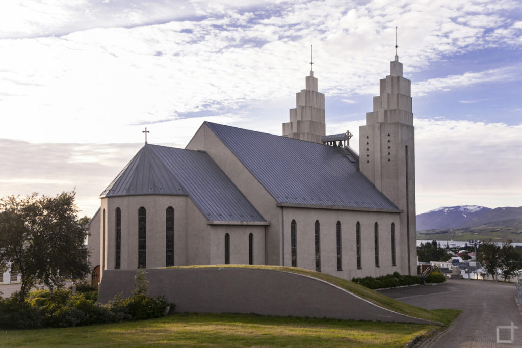 chiesa-akureyri