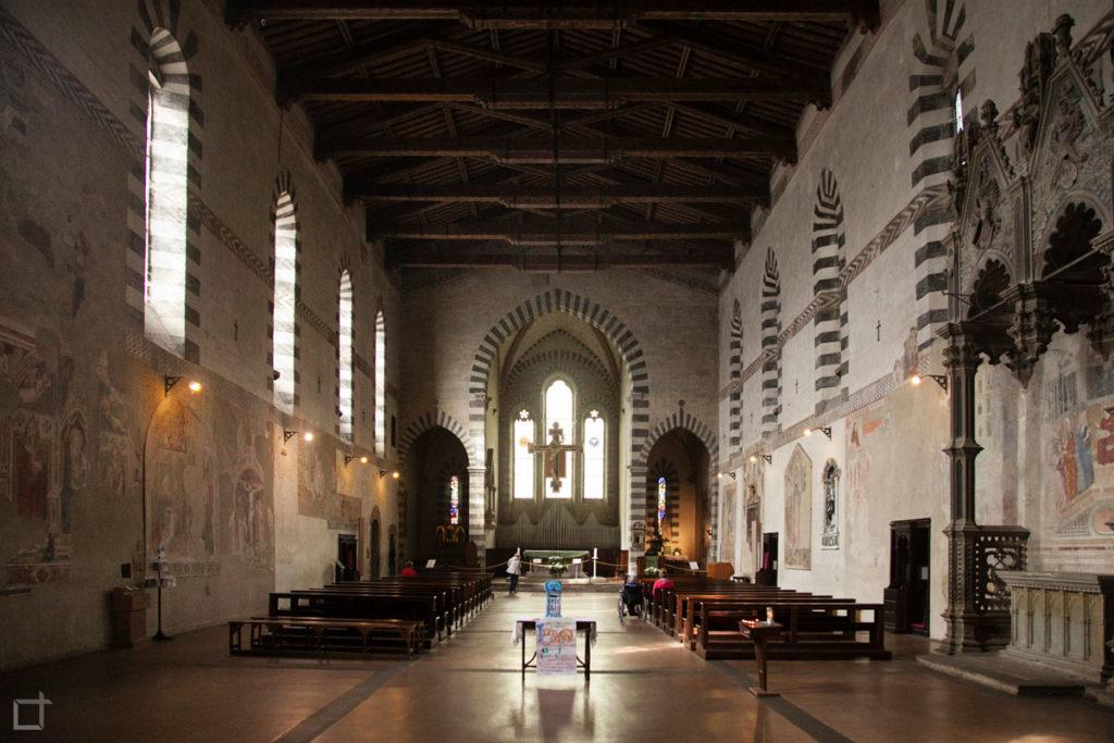 chiesa di san domenico interni - Arezzo