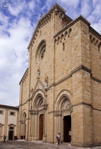 facciata duomo - cattedrale dei santi pietro e donato