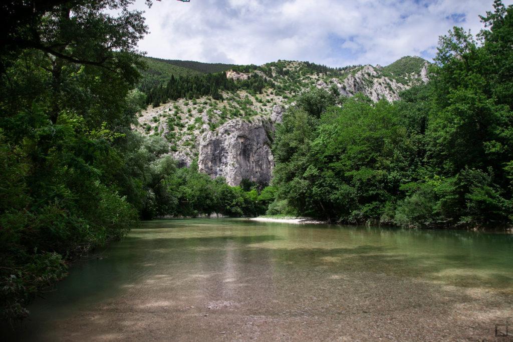 fiume-candigliano-gola-del-furlo-pesaro-urbino