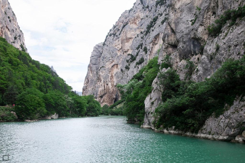 fiume-candigliano-monte-pietralata-e-monte-paganuccio
