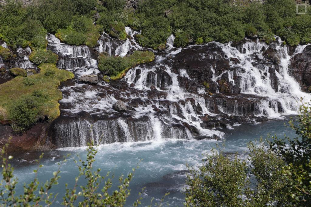 hraunfossar-cascate