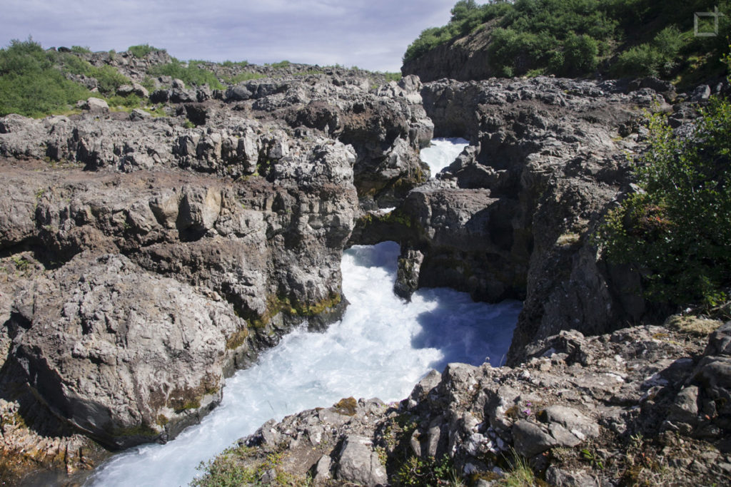 hraunfossar-cascate-di-lava