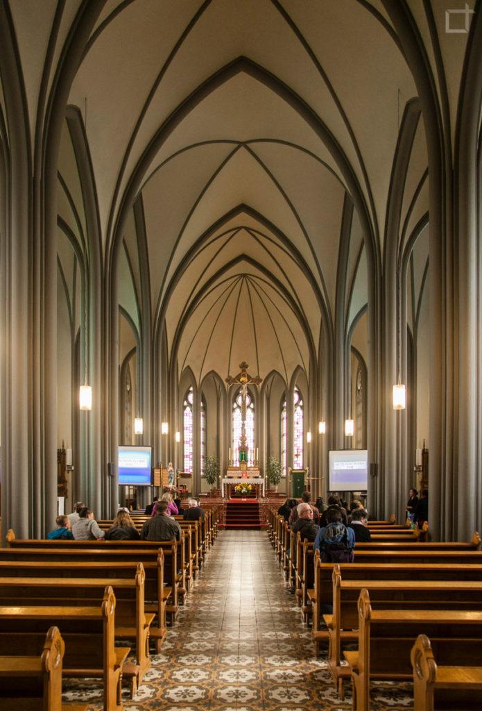 interni-cattedrale-cattolica