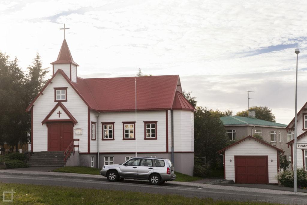 piccola-chiesa-cattolica-akureyri