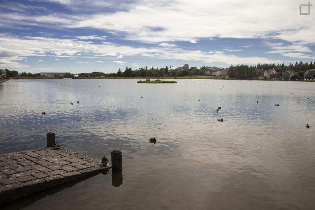 reykjavikurtjorn lago
