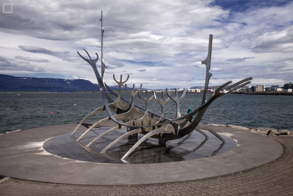sun voyager - statua simbolo di Reykjavik
