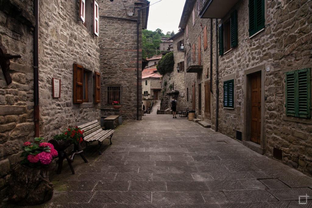 vicolo-case-in-pietra