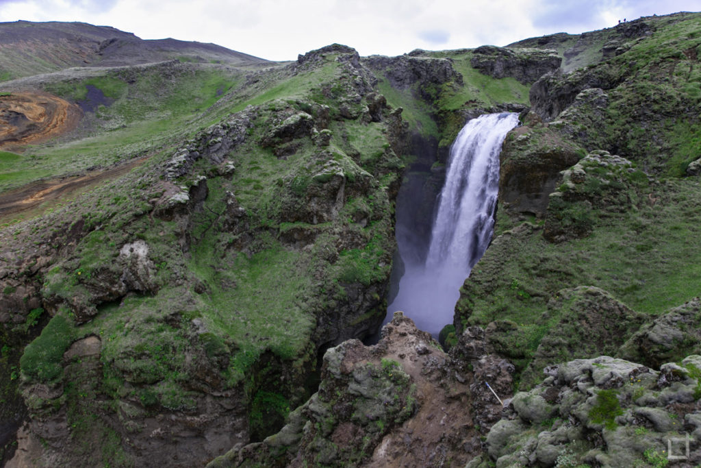 Cascata nascosta lungo il sentiero di Laugavegur