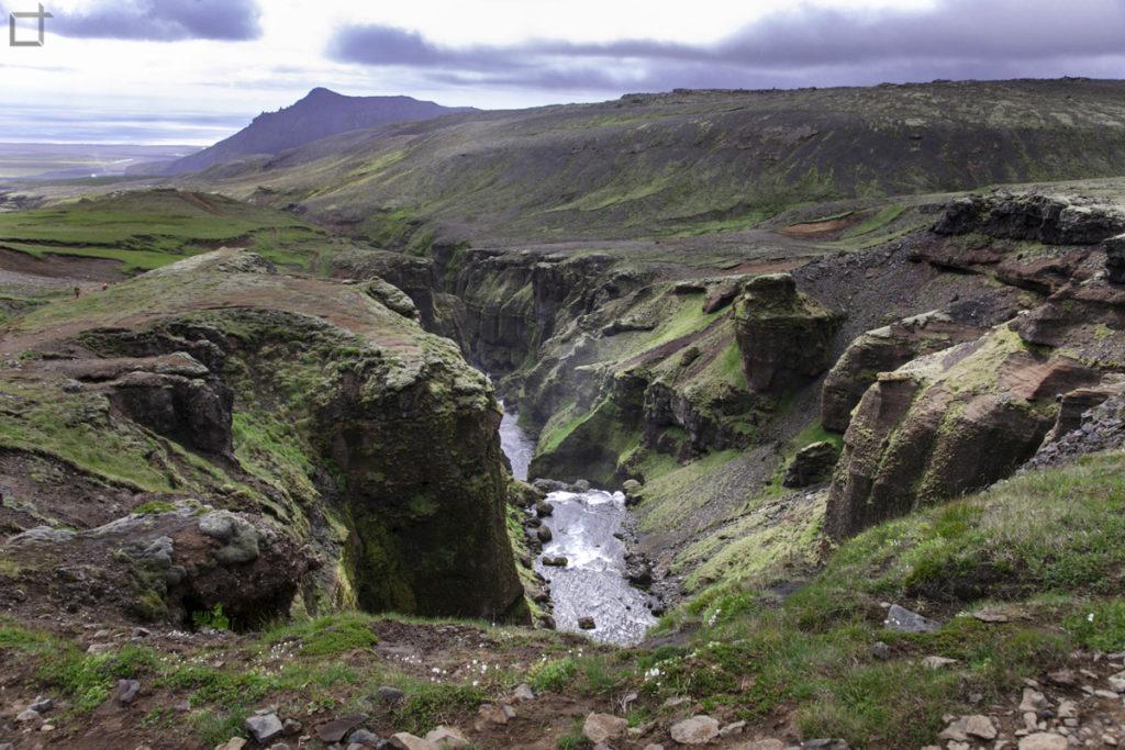 Fiume Skogaa nei pressi di Skogafoss Islanda
