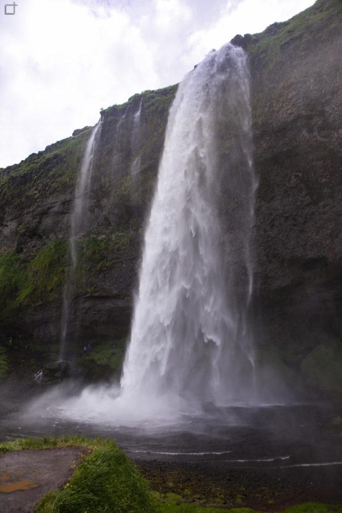 Seljalandsfoss Cascata Liquida Sud Islanda