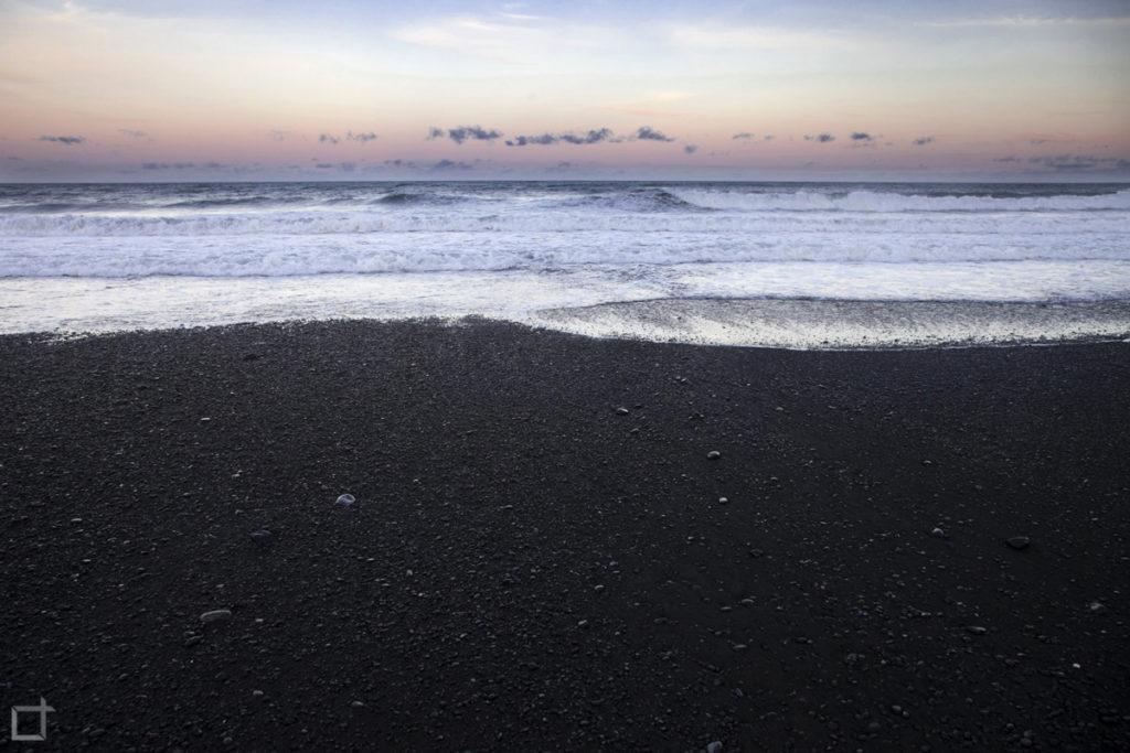 Spiaggia Nera alla Mezza di Notte