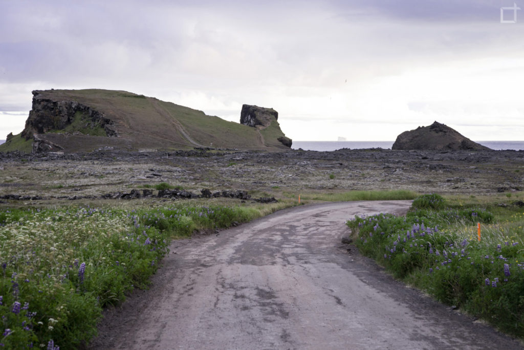 Strada per Valahnukur sud Islanda
