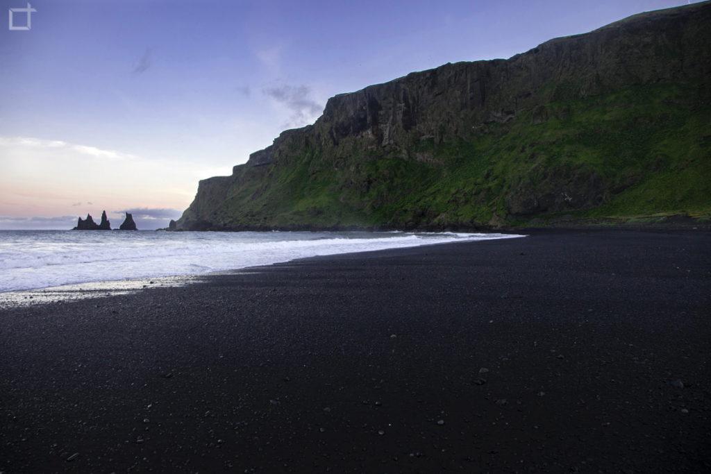 Vík í Mýrdal Spiaggia e Monte Reynisfjall